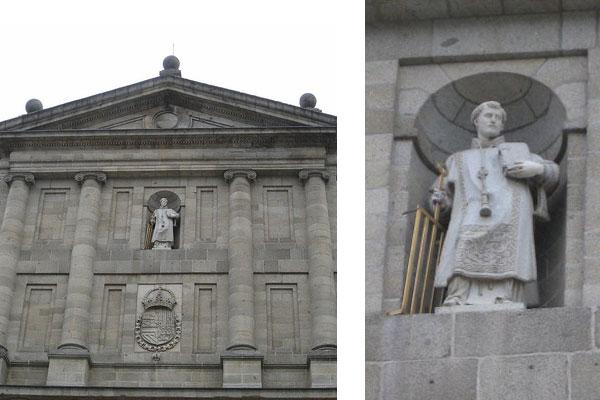 Estatua de San Lorenzo en el monasterio de El Escorial